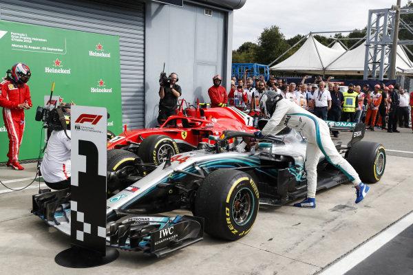 Valtteri Bottas, Mercedes AMG F1 W09, congratulates Lewis Hamilton, Mercedes AMG F1 W09.