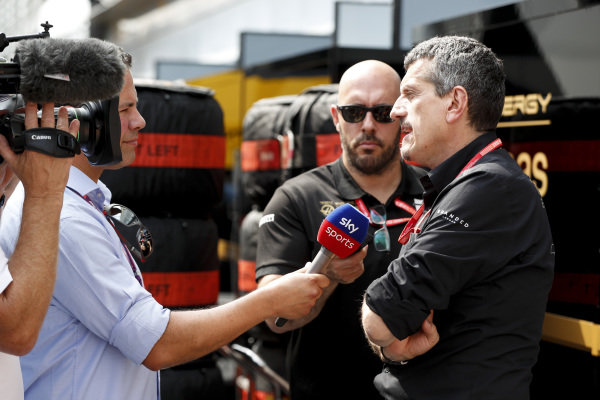 Guenther Steiner, Team Principal, Haas F1 speaking to Ted Kravitz, Sky TV