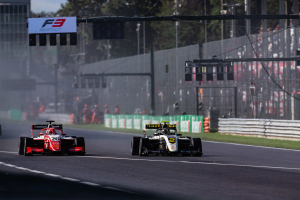 AUTODROMO NAZIONALE MONZA, ITALY - SEPTEMBER 08: Max Fewtrell (GBR, ART Grand Prix) and Marcus Armstrong (NZL, PREMA Racing) during the Monza at Autodromo Nazionale Monza on September 08, 2019 in Autodromo Nazionale Monza, Italy. (Photo by Joe Portlock / LAT Images / FIA F3 Championship)