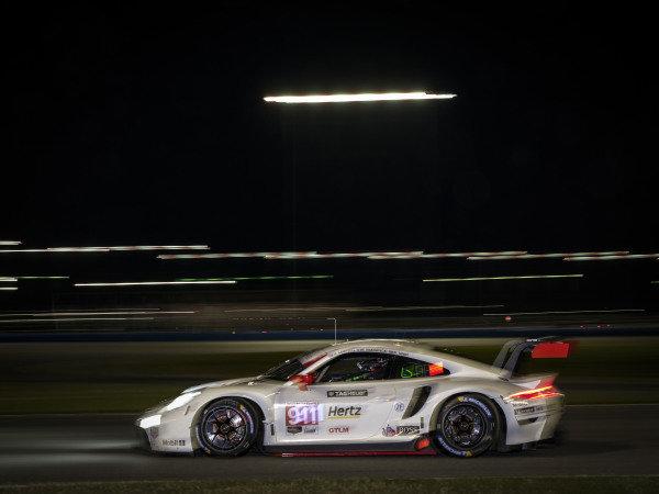 #911 Porsche GT Team Porsche 911 RSR - 19, GTLM: Matt Campbell, Nick Tandy, Fred Makowiecki