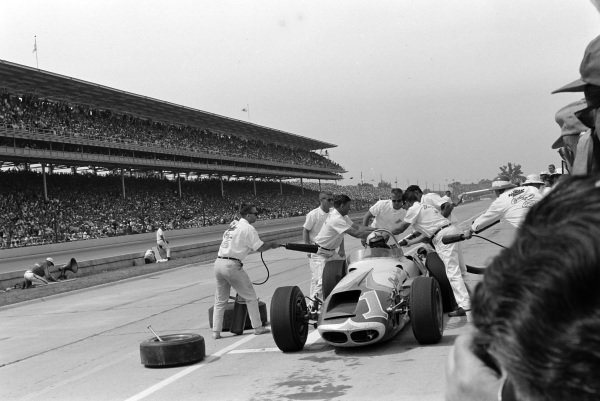 A. J. Foyt, Ansted-Thompson Racing, Watson Offenhauser, makes a pitstop.