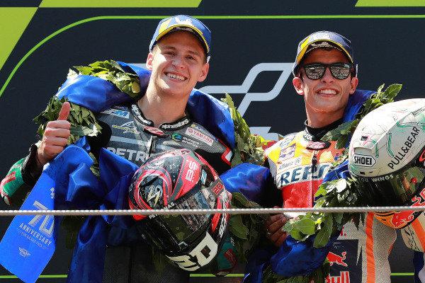 Fabio Quartararo, Petronas Yamaha SRT, Marc Marquez, Repsol Honda Team race