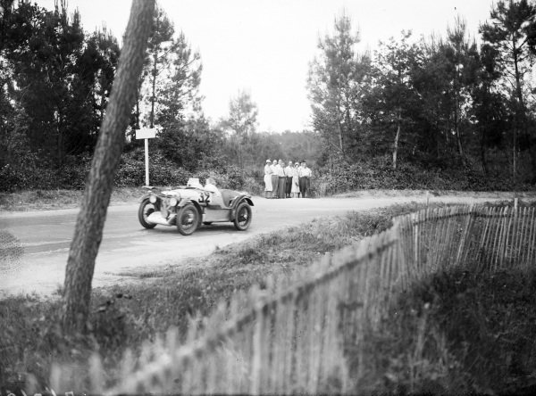 Mrs. Chetwynd / Mrs. H. H. Stisted, Honorable Mrs. Chetwynd, MG Midget C type.