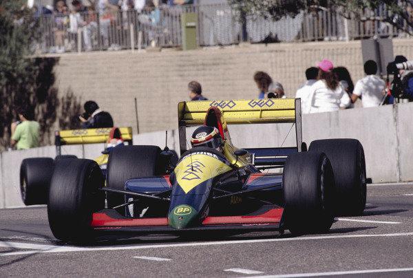 1990 United States Grand Prix.Phoenix, Arizona, USA.9-11 March 1990.Aguri Suzuki (Larrousse/Lola LC89 Lamborghini).Ref-90 USA 53.World Copyright - LAT Photographic