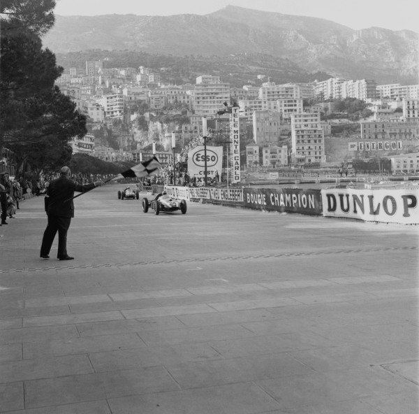 1959 Monaco Grand Prix.Monte Carlo, Monaco. 10 May 1959.Jack Brabham (Cooper T51-Climax), 1st position. Maurice Trintignant follows in 3rd position. Ref:4012.World Copyright - LAT Photographic