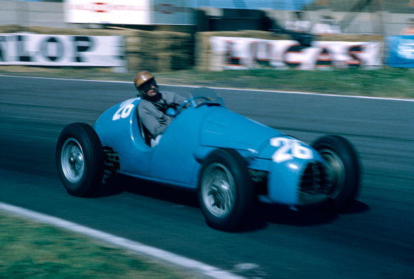 "1955 British Grand Prix.Aintree, England.14-16 July 1955.Michel ""Mike Sparken"" Poberejsky (Gordini Type 16) 7th position.Ref-55 GB 09.World Copyright - LAT Photographic"