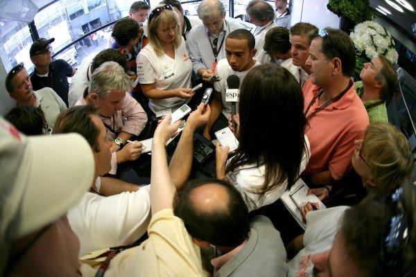 2007 Italian Grand Prix - ThursdayAutodromo di Monza, Monza, Italy.6th September 2007.Lewis Hamilton, McLaren MP4-22 Mercedes is quizzed by the media. Portrait.World Copyright: Steven Tee/LAT Photographicref: Digital Image YY2Z8144