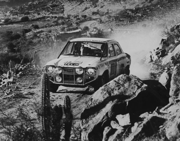 London to Mexico. 19th April - 27th May 1970.Hannu Mikkola/Gunnar Palm (Ford Escort 1850 GT), 1st position, action. World Copyright: LAT Photographic.Ref:  B/W Print.