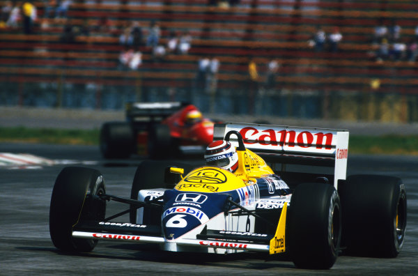 1986 Mexican Grand Prix  Mexico City, Mexico. 9-12th October 1986.  Nelson Piquet, Williams FW11 Honda, 4th position.  Ref: 86MEX34. World copyright: LAT Photographic