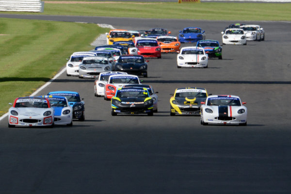 2017 Ginetta GT5 Challenge and GRDC+, Silverstone, 11th-12th June 2017, Start of Race 2, Ryan Hadfield R & J Motorsport Ginetta G40, and Lewis Brown Ginetta G40 lead. World copyright. JEP/LAT Images