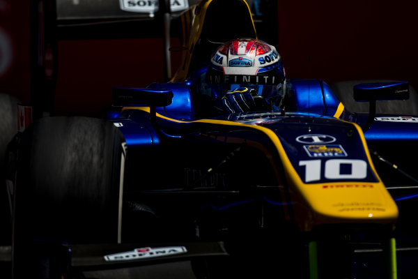 2017 FIA Formula 2 Round 4. Baku City Circuit, Baku, Azerbaijan. Friday 23 June 2017. Nicholas Latifi (CAN, DAMS)  Photo: Zak Mauger/FIA Formula 2. ref: Digital Image _54I0201