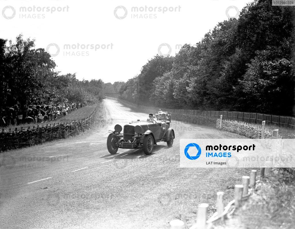 1933 Le Mans 24 hours.