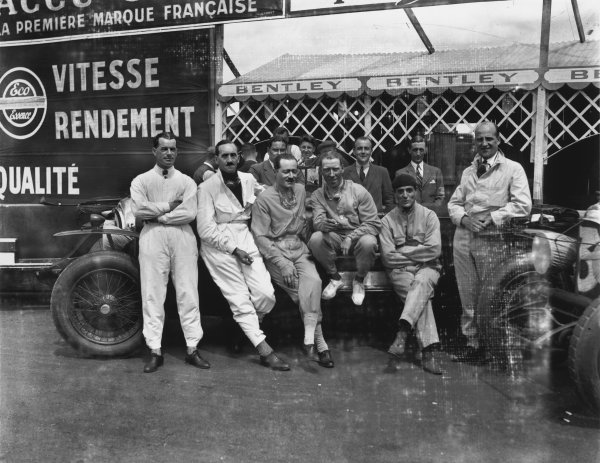 Le Mans, France. 18-19 June 1927.The Bentley boys (L-R) Frank Clement, Leslie Callingham, Andre d'Erlanger, George Duller, Sammy Davis and Dr. John Benjafield. W.O Bentley is behind in the centre.Ref:  A8066Published: Autocar 24th June1927 p1109.World Copyright: LAT Photographic.