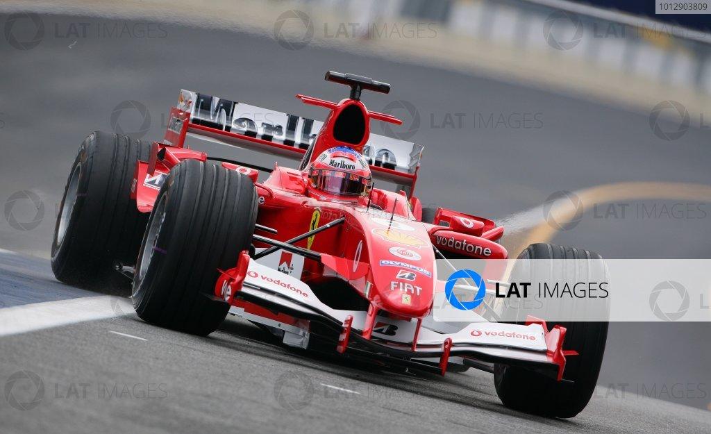 2005 Brazilian Grand Prix - Friday Practice,