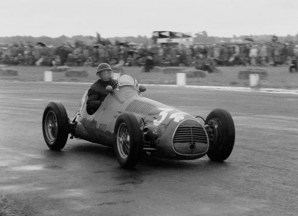 1952 Daily Mail Trophy. Boreham, Great Britain. 2 August 1952. Emmanuel de Graffenried (Maserati 4CLT/48-Plate). Ref-52/39#8A. World Copyright - LAT Photographic