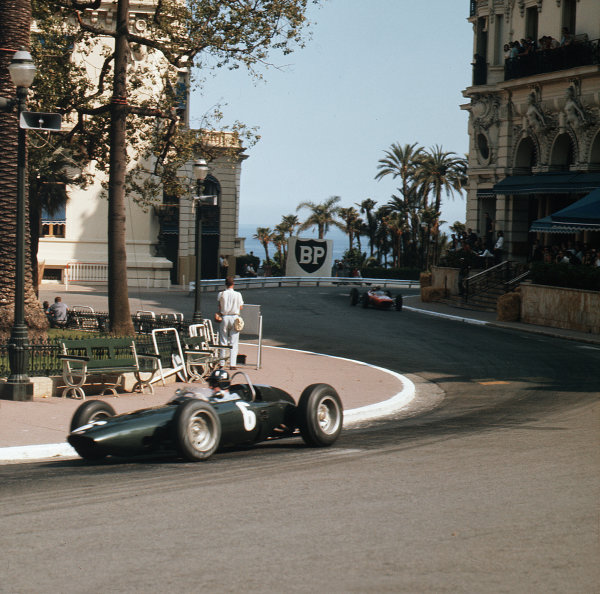 Monte Carlo, Monaco.23-26 May 1963.Graham Hill (BRM P57) 1st position.Ref-3/0926.World Copyright - LAT Photographic