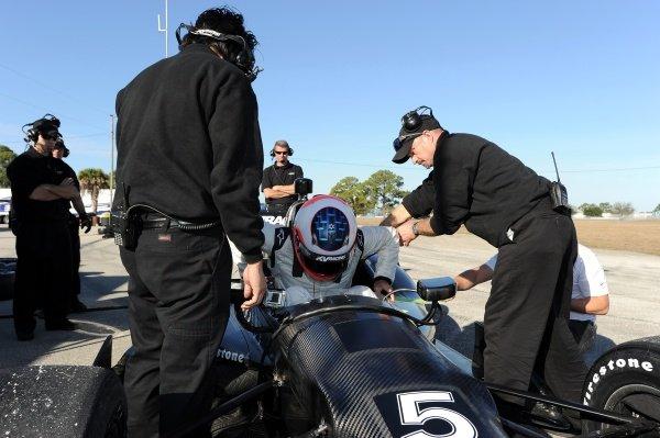 Rubens Barrichello (BRA), KV Racing Dallara DW12. Rubens Barrichello IndyCar Test, Sebring, Florida, USA, Tuesday 31 January 2012.