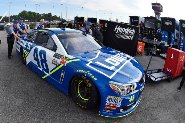 Monster Energy NASCAR Cup Series Toyota Owners 400 Richmond International Raceway, Richmond, VA USA Friday 28 April 2017 Jimmie Johnson, Hendrick Motorsports, Lowe's Chevrolet SS World Copyright: Nigel Kinrade LAT Images ref: Digital Image 17RIC1nk00004
