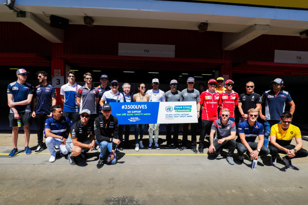 Circuit de Catalunya, Barcelona, Spain. Sunday 14 May 2017. The F1 drivers line up for a photo in support of UN Road Safety Week. World Copyright: Zak Mauger/LAT Images ref: Digital Image _54I9892