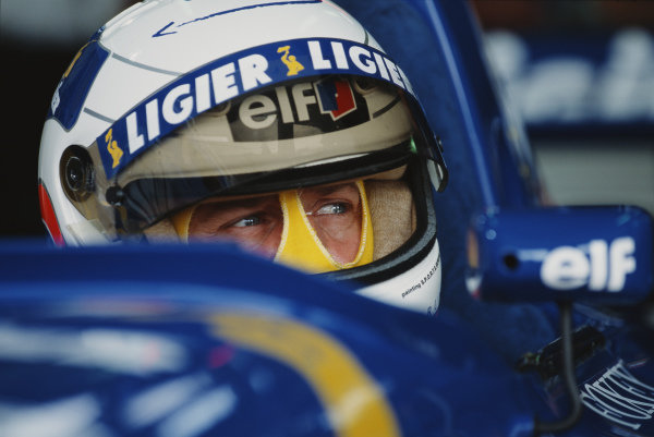 Martin Brundle, Ligier JS41 Mugen-Honda, during practice.