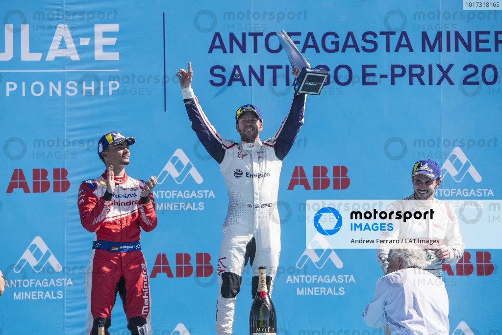 Winner Sam Bird (GBR), Envision Virgin Racing celebrates victory on the podium with Pascal Wehrlein (DEU), Mahindra Racing, 2nd position, and Daniel Abt (DEU), Audi Sport ABT Schaeffler, 3rd position.