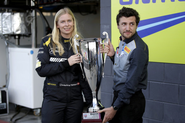 Christina Nielsen with the Allan Simonsen Pole trophy.