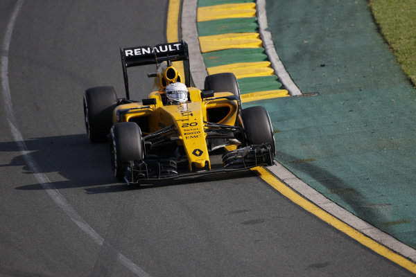 Kevin Magnussen (DEN) Renault Sport F1 Team RS16  at Formula One World Championship, Rd1, Australian Grand Prix, Race, Albert Park, Melbourne, Australia, Sunday 20 March 2016.
