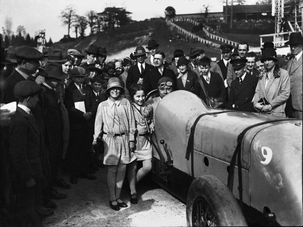 Brooklands, Surrey, England. April 1928.Woolf Barnato, 3-litre Bentley, winner of the 100mph Long Handicap, portrait. World Copyright: LAT Photographic.Ref:  Autocar Glass Plate A9425.