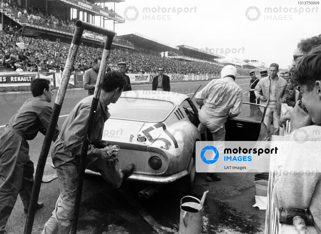 1966 Le Mans 24 Hours.