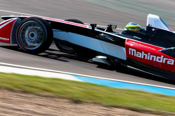 2014 Formula E Championship Donington Park Test Bruno Senna (BRA) Mahindra Racing Karun Chandock (IND) Mahindra Racing Friday 4 July 2014. Photo Agency:LAT Photographic ref: Digital Image F80P8205