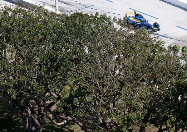 2014/2015 FIA Formula E Championship. Long Beach ePrix, Long Beach, California, United States of America. Friday 3 April 2015 Nicolas Prost (FRA)/E.dams Renault - Spark-Renault SRT_01E  Photo: Jed Leicester/LAT/Formula E ref: Digital Image _JL20210