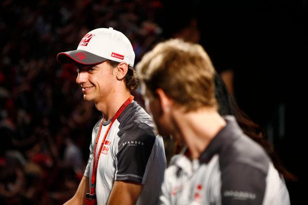 Suzuka Circuit, Japan. Saturday 08 October 2016. Esteban Gutierrez, Haas F1, at a fan event. World Copyright: Andy Hone/LAT Photographic ref: Digital Image _ONY5288