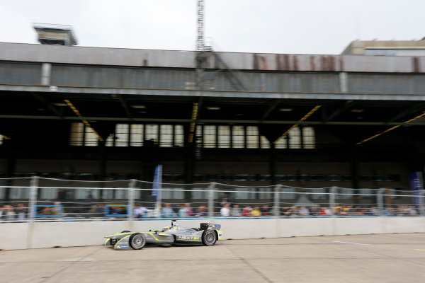 2014/2015 FIA Formula E Championship. Berlin ePrix, Berlin Tempelhof Airport, Germany. Saturday 23 May 2015 Charles Pic (FRA)/China Racing - Spark-Renault SRT_01E. Photo: Andrew Ferraro/LAT/Formula E ref: Digital Image _FER0772