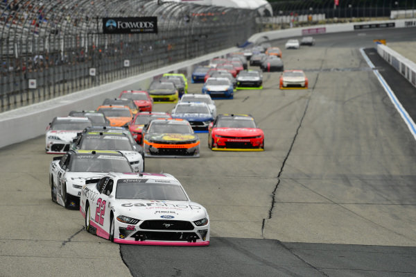 #22: Austin Cindric, Team Penske, Ford Mustang Car Shop