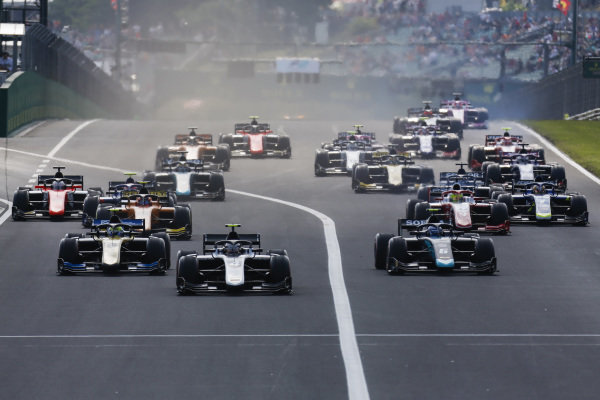 HUNGARORING, HUNGARY - AUGUST 03: Nyck De Vries (NLD, ART GRAND PRIX) leads Nicholas Latifi (CAN, DAMS), Luca Ghiotto (ITA, UNI VIRTUOSI) and Mick Schumacher (DEU, PREMA RACING) at the start f the race during the Hungaroring at Hungaroring on August 03, 2019 in Hungaroring, Hungary. (Photo by Joe Portlock / LAT Images / FIA F2 Championship)