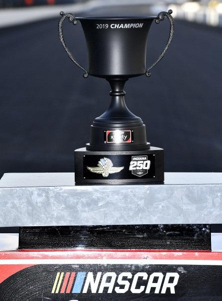 #18: Kyle Busch, Joe Gibbs Racing, Toyota Supra Combos wins Trophy