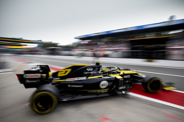 Nico Hulkenberg, Renault R.S. 19, leaves the garage