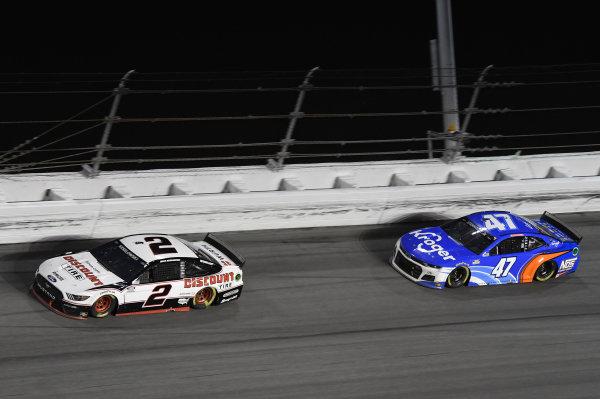 #2: Brad Keselowski, Team Penske, Ford Mustang Discount Tire #47: Ricky Stenhouse Jr., JTG Daugherty Racing, Chevrolet Camaro Kroger/NOS Energy Drink