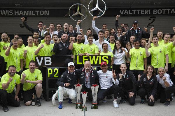 Valtteri Bottas, Mercedes AMG F1, 2nd position, Dr Dieter Zetsche, CEO, Mercedes Benz, Lewis Hamilton, Mercedes AMG F1, 1st position, and the Mercedes team celebrate victory