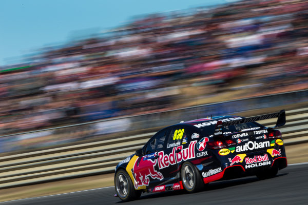 2015 V8 Supercar Championship Round 2.  Tasmanian Super Sprint, Symmons Plains Raceway, Tasmania, Australia. Friday 27th March to Sunday 29th March 2015. Craig Lowndes drives the #888 Red Bull Racing Holden VF Commodore  World Copyright: Daniel Kalisz/LAT Photographic Ref: Digital Image V8SC15_AGP_DKIMG3312.CR2