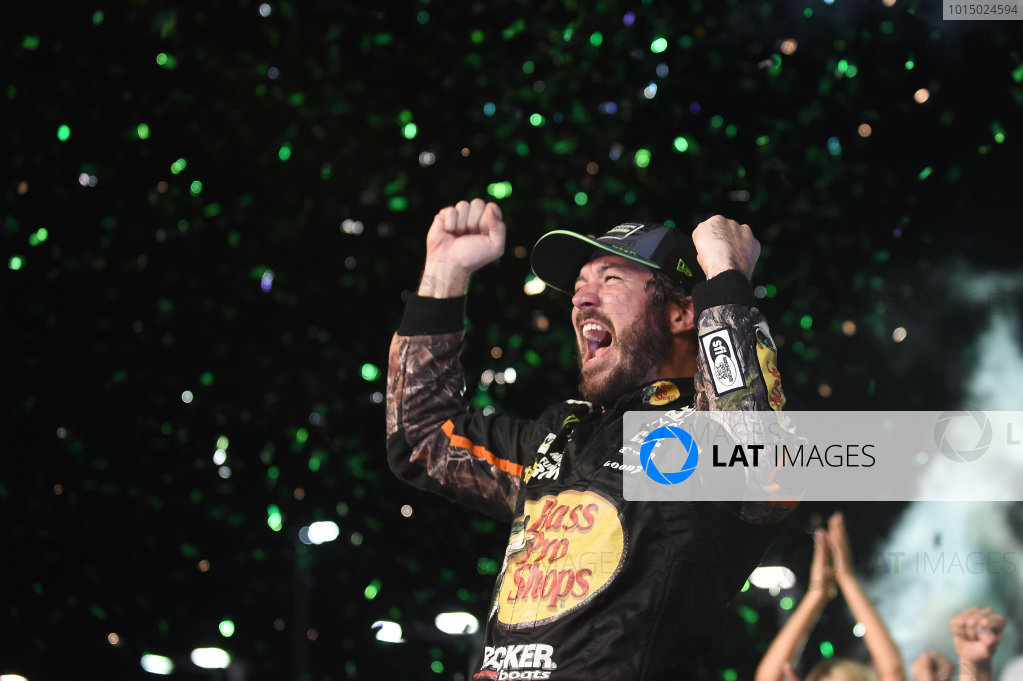 Monster Energy NASCAR Cup Series Homestead-Miami Speedway, Homestead, Florida USA Sunday 19 November 2017 2017 champion Martin Truex Jr, Furniture Row Racing World Copyright: Rainier Ehrhardt / LAT Images ref: Digital Image cup-homestead-race-2082