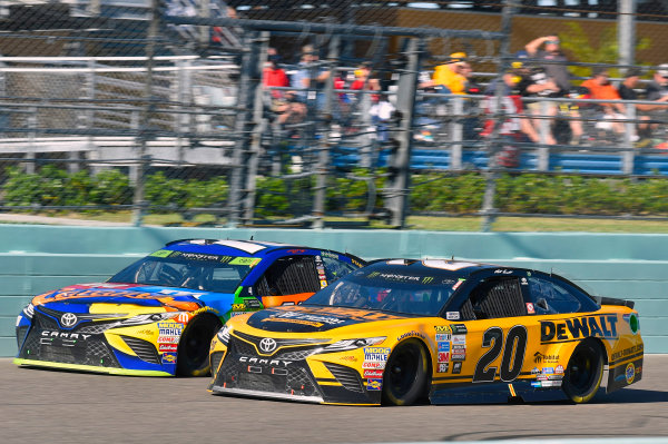 Monster Energy NASCAR Cup Series Ford EcoBoost 400 Homestead-Miami Speedway, Homestead, FL USA Sunday 19 November 2017 Kyle Busch, Joe Gibbs Racing, M&M's Caramel Toyota Camry and Matt Kenseth, Joe Gibbs Racing, DEWALT Hurricane Recovery Toyota Camry World Copyright: Nigel Kinrade LAT Images