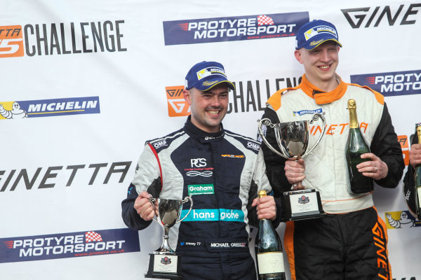 2017 Ginetta Racing Drivers Club + Oulton Park, Cheshire. 15th April 2017. Michael Crees Ginetta G40 and Phil Ingram Ginetta G40. World Copyright: JEP/LAT Images.