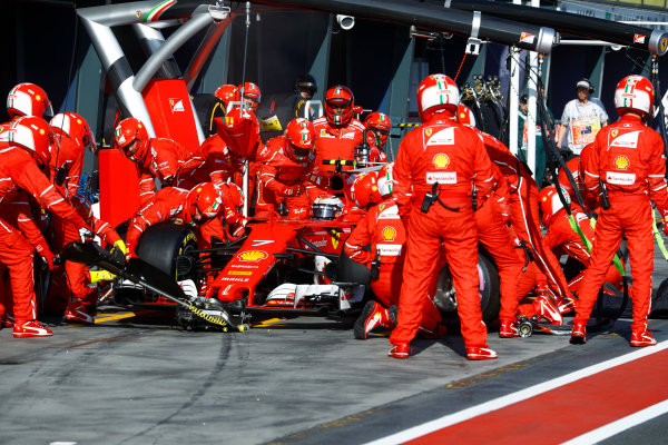 Albert Park, Melbourne, Australia. Sunday 26 March 2017. Kimi Raikkonen, Ferrari SF70H, makes a pit stop. World Copyright: Steven Tee/LAT Images ref: Digital Image _R3I0800
