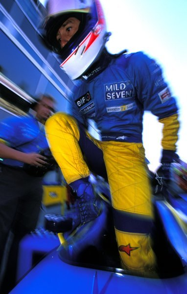 Jarno Trulli (ITA), Renault, finished fourth.Italian Grand Prix, Rd15, Monza, Italy. 15 September 2002.BEST IMAGE