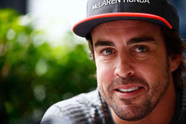 Sepang International Circuit, Sepang, Malaysia. Thursday 28 September 2017. Fernando Alonso, McLaren.  World Copyright: Andy Hone/LAT Images  ref: Digital Image _ONZ8708