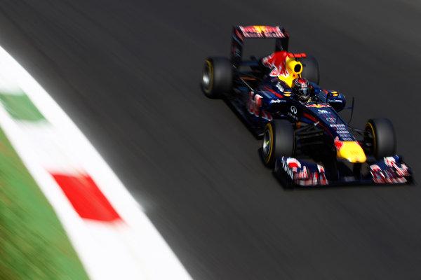Autodromo Nazionale di Monza, Monza, Italy.9th September 2011.Sebastian Vettel, Red Bull Racing RB7 Renault. Action.World Copyright: Glenn Dunbar/LAT Photographicref: Digital Image _G7C0805