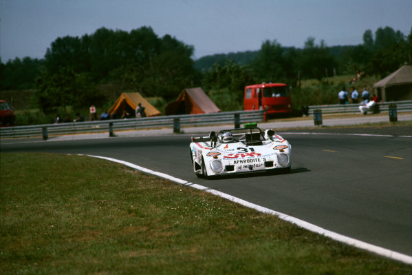 Le Mans, France. 11th - 12th June 1977.Ian Harrower/Martin Birrane/Ernst Berg/Richard Down (Lola T294S Ford), Not classified, action.World Copyright: LAT Photographic.Ref:  77LM