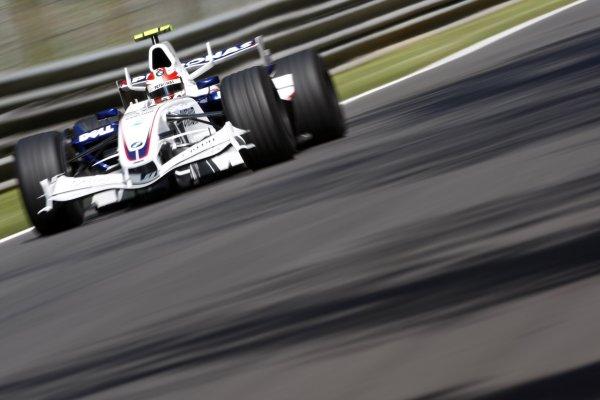 2007 Italian Grand Prix - Friday PracticeAutodromo di Monza, Monza, Italy.7th September 2007.Robert Kubica, BMW Sauber F1 07. Action. World Copyright: Lorenzo Bellanca/LAT Photographicref: Digital Image _64I5242