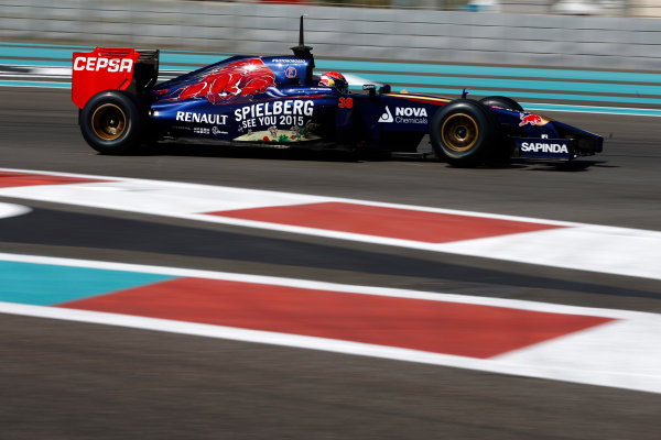 Yas Marina Circuit, Abu Dhabi, United Arab Emirates. Wednesday 26 November 2014. Max Verstappen, Toro Rosso STR9 Renault.  World Copyright: Glenn Dunbar/LAT Photographic. ref: Digital Image _W2Q8357